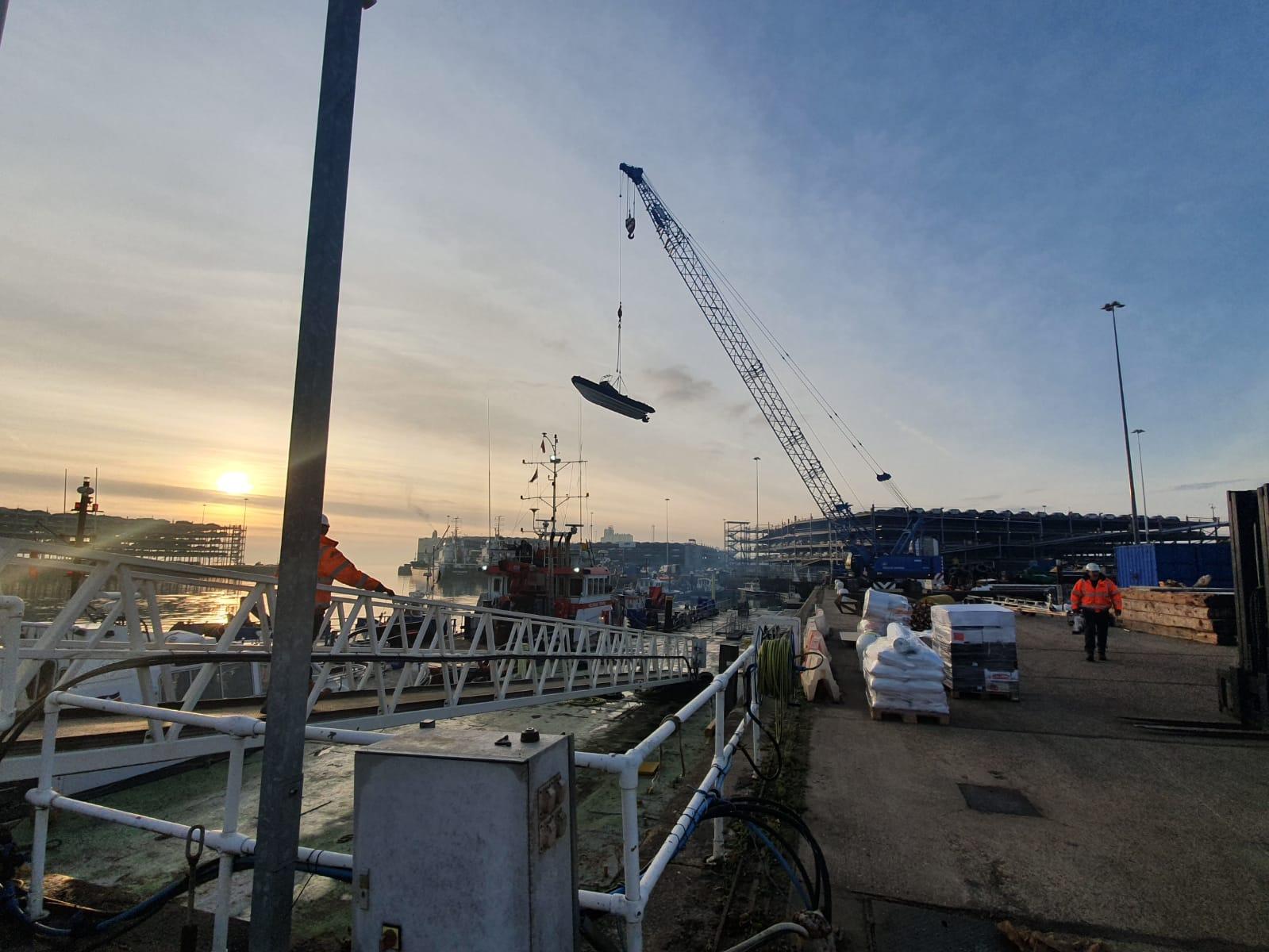 Single point lift Williams Shipping Island 7.5m
